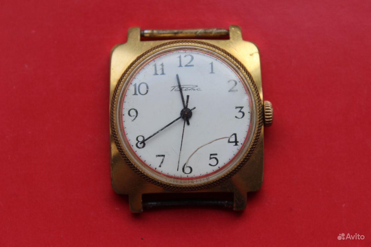 Часы механические квадратные 1 фотография