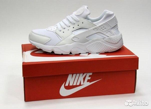 Купить кроссовки Nike (Найк) в магазине Footbox, цены