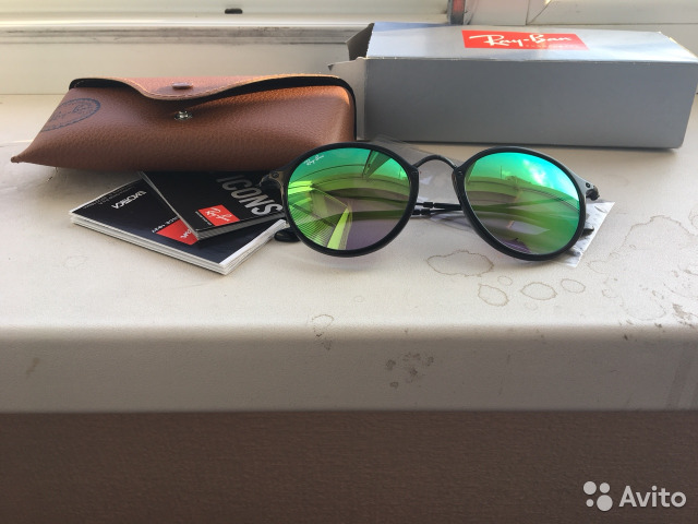 Очки ray ban оригинал новые купить в Краснодарском крае на Avito ... 69cdc9fb8fcd8