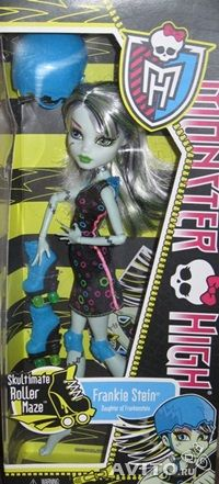 Кукла фрэнки штейн на роликах monster high