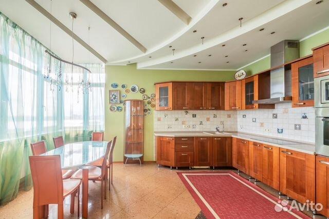 Продается четырехкомнатная квартира за 39 900 000 рублей. Авиационная улица, 79В.
