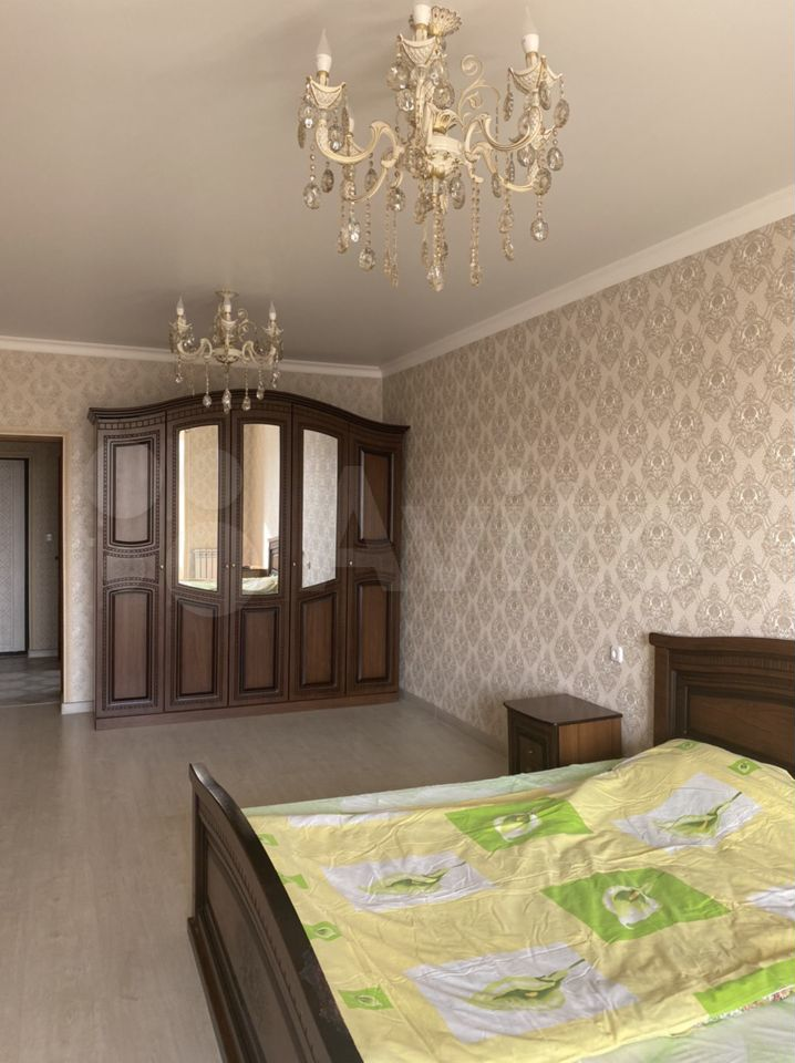 1-к квартира, 66 м², 2/10 эт.