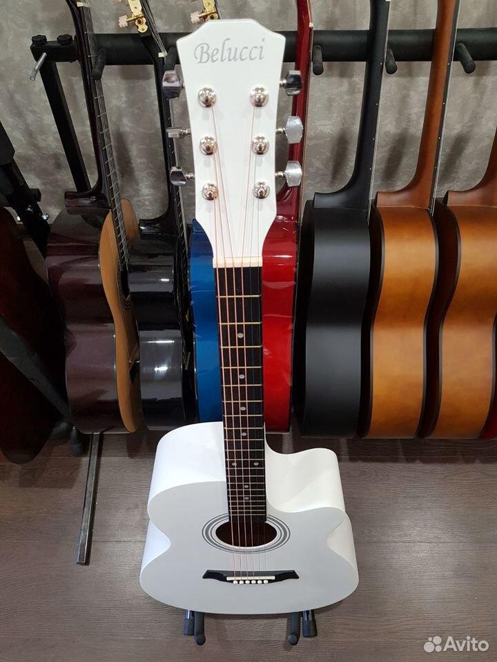 Акустическая гитара Белая Новая